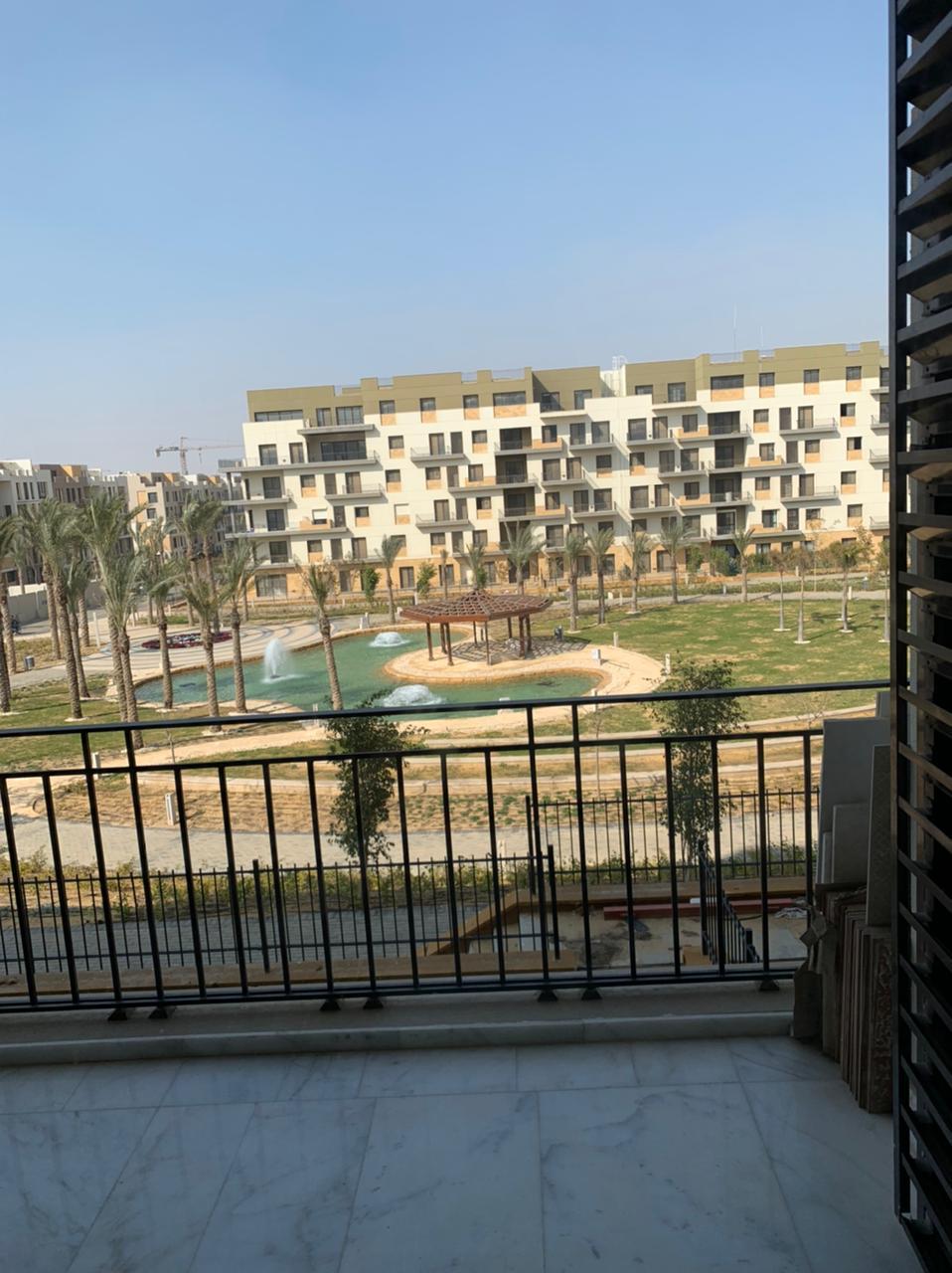 شقة مفروشة للايجار بكمبوند ايست تاون التجمع الخامس القاهرة الجديدة